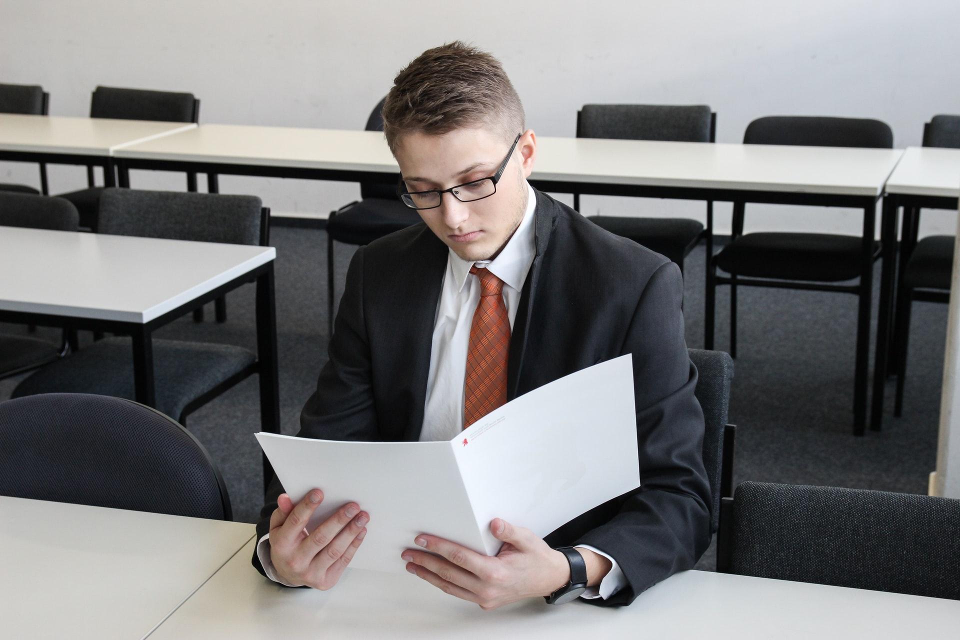 履歴書・職歴の書き方 転職の50代中年男性の転職・就職のコツ